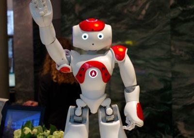 Hotel-robot-groet